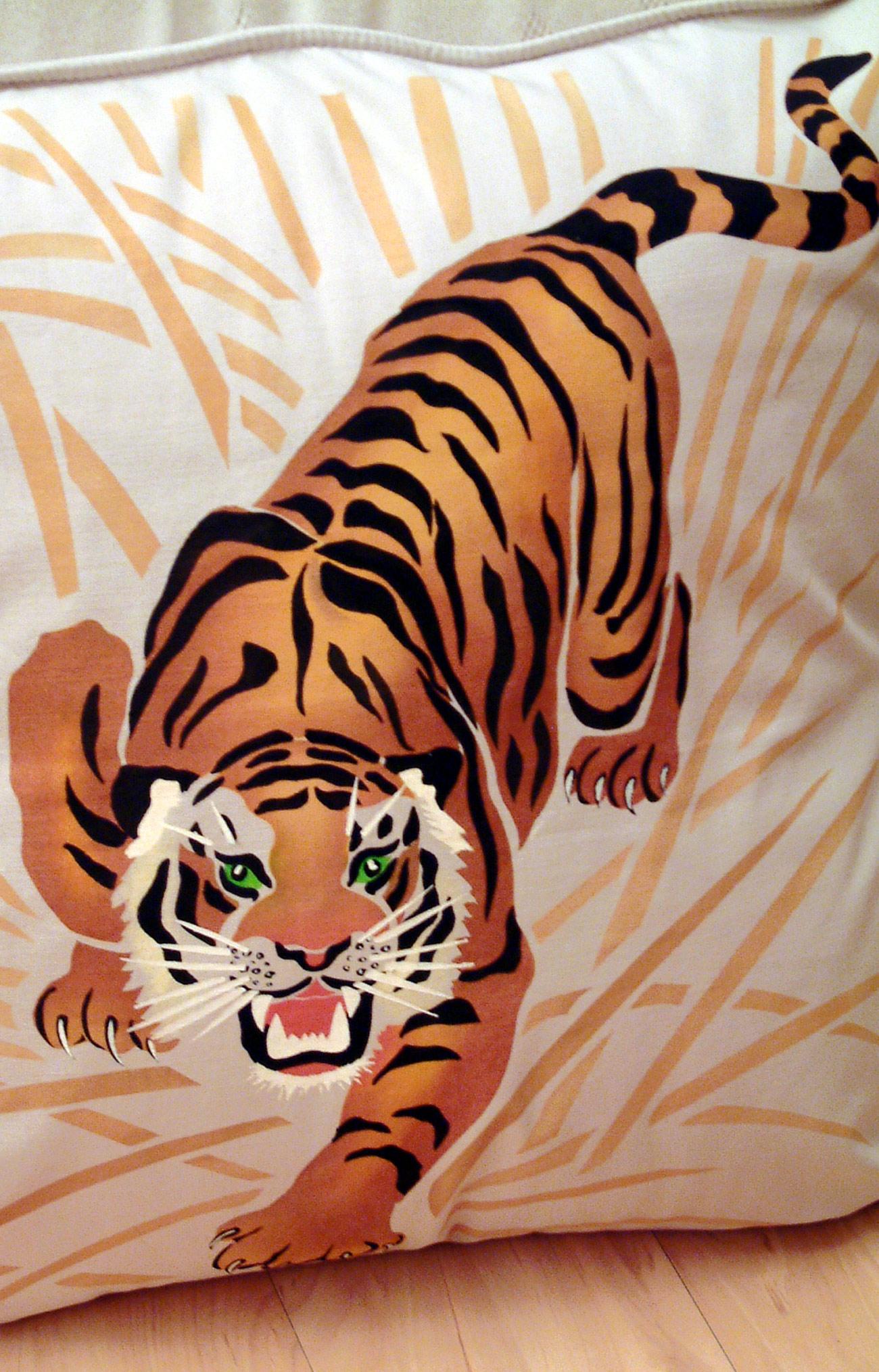 Large Tiger Stencil Henny Donovan Motif